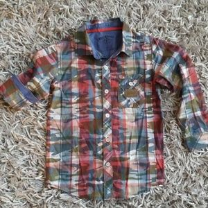 Boys camouflage LS Shirt size 5, like new cond.